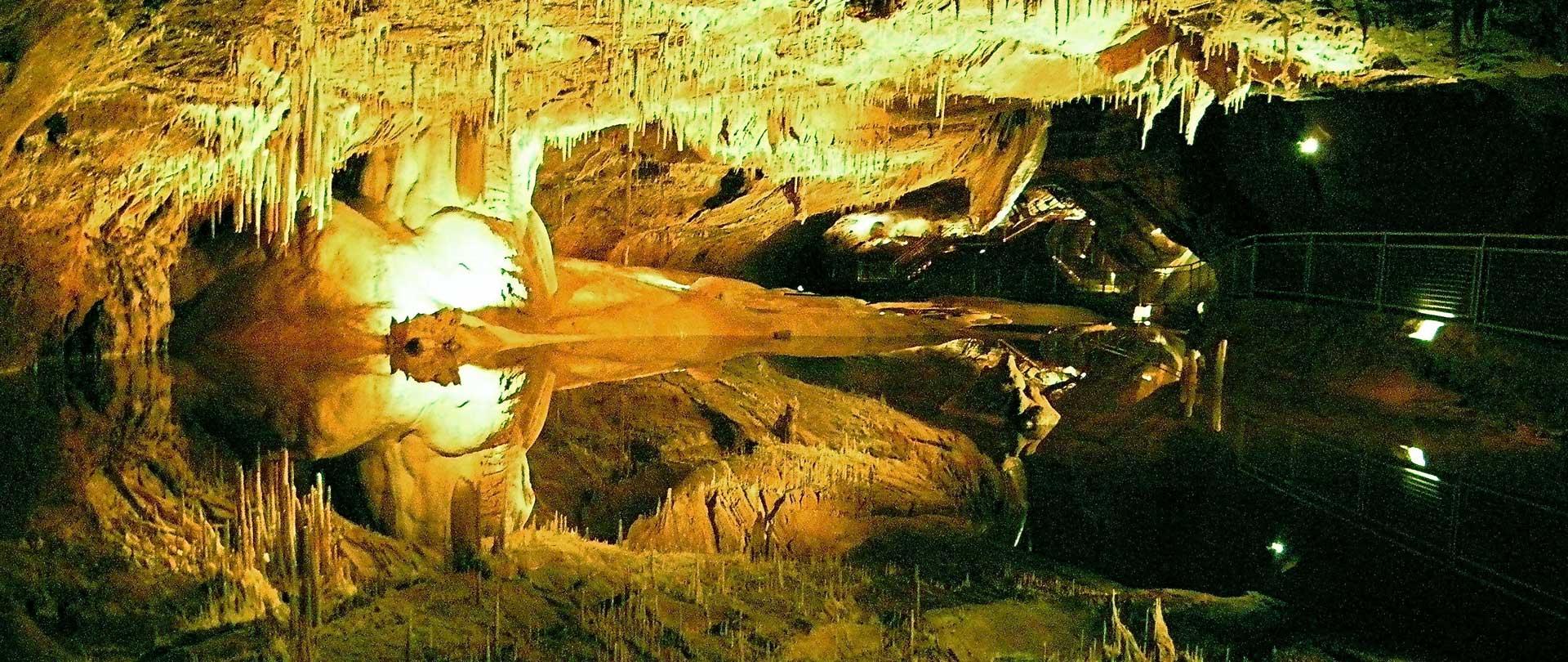 grottes à la cave